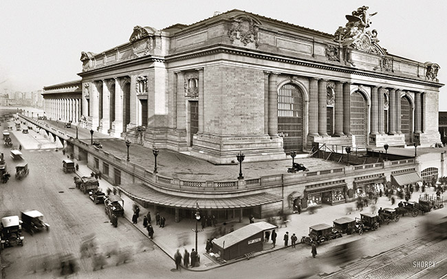 Foto de la estación de trenes Grand Central Station tomada en 1913
